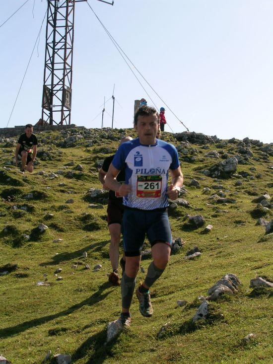Juan Carlos en la cima del Picu Pienzu