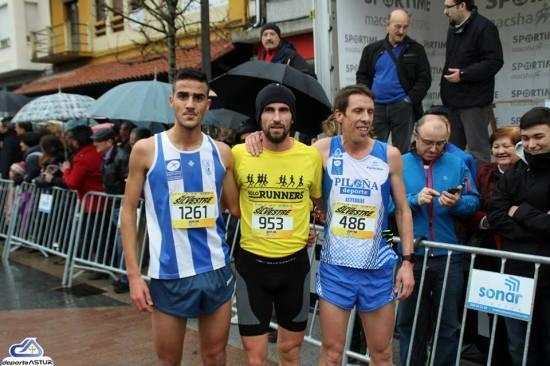 Nando con los mejores. (Foto Deporte Astur).