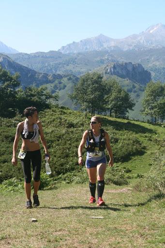 RAQUEL con otra participante. (Foto de Federico Ojeda).
