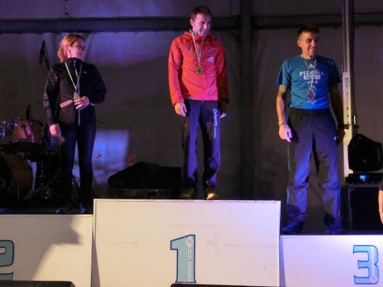 Ángel en el podio. (Foto de la Organización