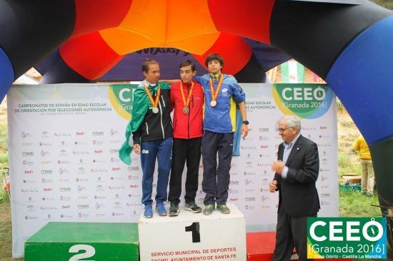 Manuel en el podio. (Foto de Inma Górriz).