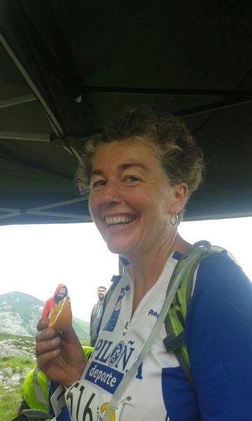 Eva, supercontenta, iba al afrontar los últimos 15 km de carrera